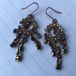 Jewelry - Costume earrings